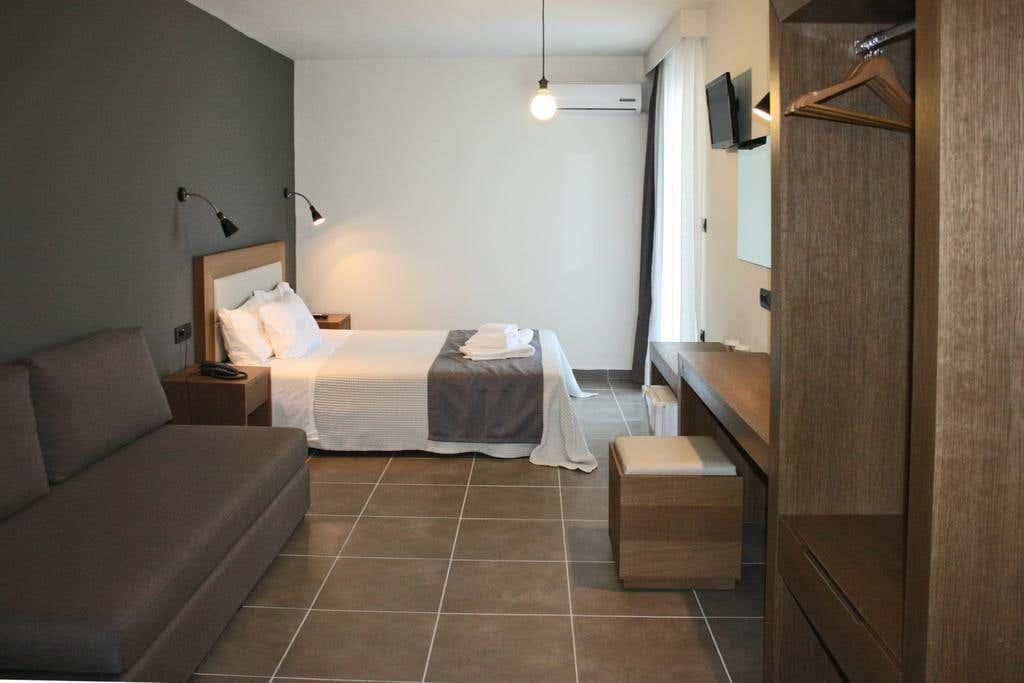 Amphitryon Boutique Hotel in Rhodes, Greece 4