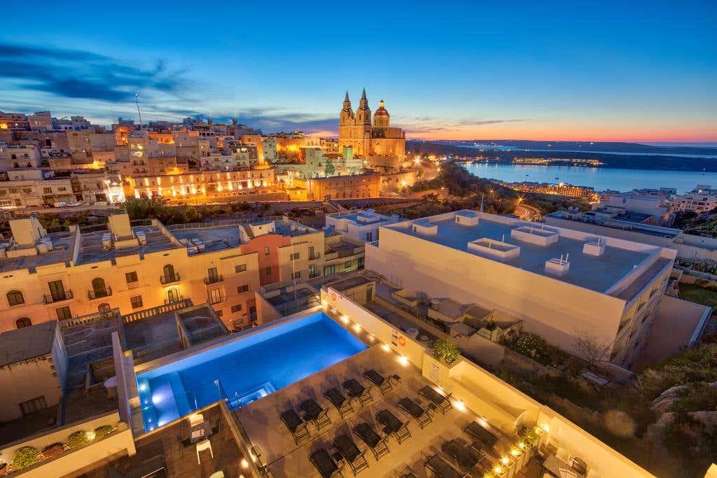 Pergola Hotel and Spa in Mellieha, Malta 4